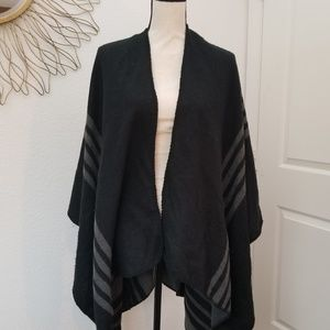 Black and Grey Reversible Wrap